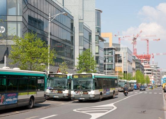 Les bus plus de 10 lignes for Piscine d issy les moulineaux